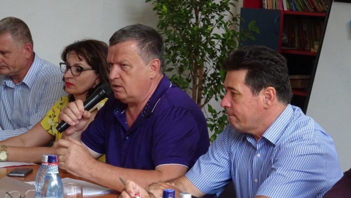 Primarul Mircia Gutău s-a întâlnit cu locuitorii din Sud-Vestul Râmnicului