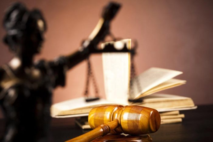 Modificare Codul penal:  Nu vor face obiectul confiscării extinse bunurile transferate unui membru al familiei sau unui terţ dacă acesta nu cunoştea că scopul transferului este evitarea confiscării