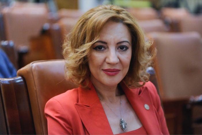 """Deputatul PSD Dolj, Alina Tănăsescu: """"Primul Cod Administrativ al României, votat de Parlament!"""""""