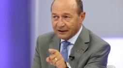 """Traian Basescu: Iohannis, parlamentarii puterii și Guvernul merită ani grei de pușcărie pentru""""ABUZ ÎN SERVICIU"""""""