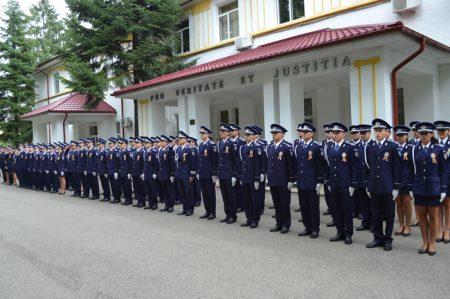 Olt: 5 absolvenţi ai Şcolii de Agenţi de Poliţie au fost repartizati la posturile de poliţie comunale Vlădila, Dobroteasa, Corbu, Vâlcele şi Gârcov