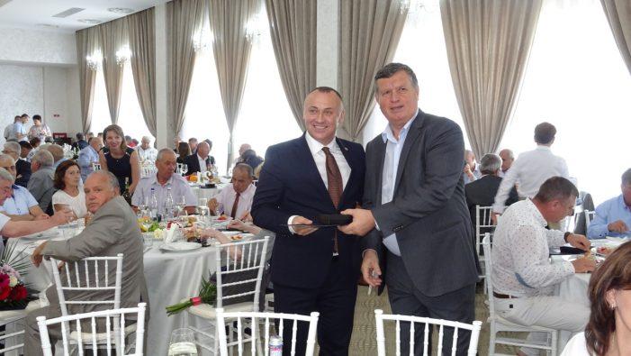 """Ramnicu Valcea: Ceremonie de înmânare a Medaliilor Aniversare """"Ziua Imnului Naţional"""""""