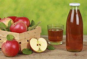 Din secretele agricultorilor – sucul de mere produs in casa