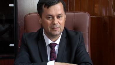 Gorj: Primarul municipiul Târgu-Jiu, Marcel Romanescu, audiat la DNA Craiova