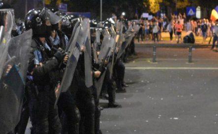 mutat, chirica, proteste