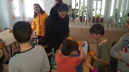 Donaţiile râmnicenilor au ajuns la destinatari în prag de sărbători