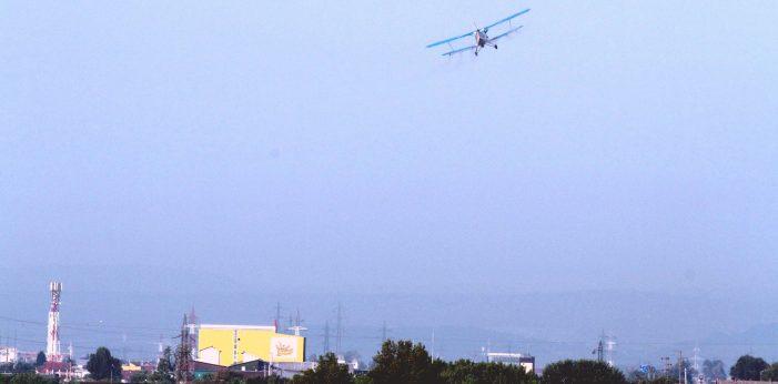 În vara aceasta, Râmnicul va scăpa de ţânţari prin dezinsecţie avio-chimică
