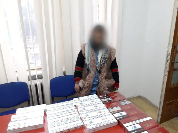 Tigări de contrabandă confiscate de jandarmi din cadrul Grupării de Jandarmi Mobile Craiova