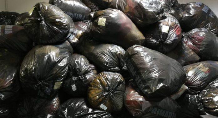 În preajma sărbătorii de Paşti, hainele donate de râmniceni au ajuns la cei nevoiaşi