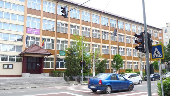 Râmnicu Vâlcea: Primăria ia măsuri pentru creşterea siguranţei elevilor