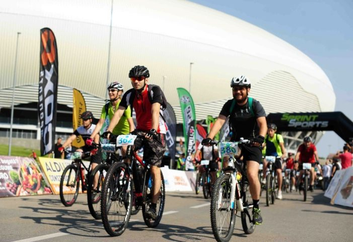 """""""Pedală în Bănie"""": peste 200 de cicliști în competiție la a doua ediție"""