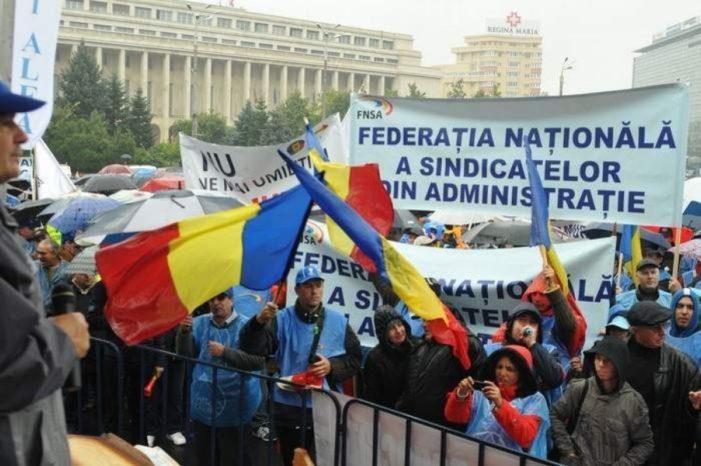 Federația Sindicatelor din Administrație (FNSA): Vă solicităm să renunţaţi la promovarea şi susţinerea adoptării Codului Administrativ prin ordonanţă de urgenţă