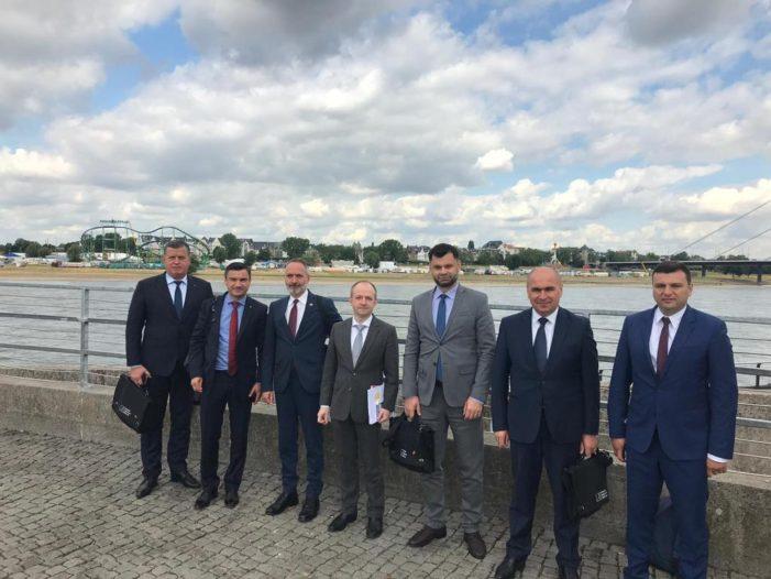 """La iniţiativa Fundaţiei """"Konrad Adenauer"""", primarul Mircia Gutău a participat în Germania la un seminar pe tema dezvoltării durabile a oraşelor"""