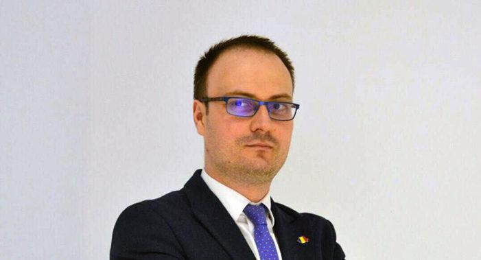Alexandru Cumpănașu, protest în Piaţa Revoluţiei