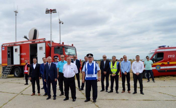CJ Dolj: Ion Prioteasa, prezent la un amplu exercițiu de punere în aplicare a planului roșu de intervenție, bazat pe simularea unui incendiu izbucnit la o aeronavă aflată pe pista Aeroportului Internațional Craiova